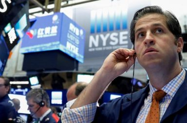 wall street set to open lower